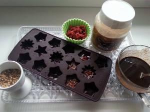 Příprava ledové čokolády - semínka góji/kustovnice čínská