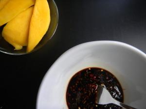 Tamari marináda a připravené mangové filety
