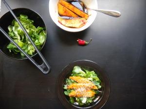 Salát je připraven k podávání